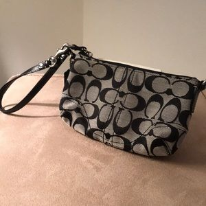 Coach wristlet ! Used ! Super cute !